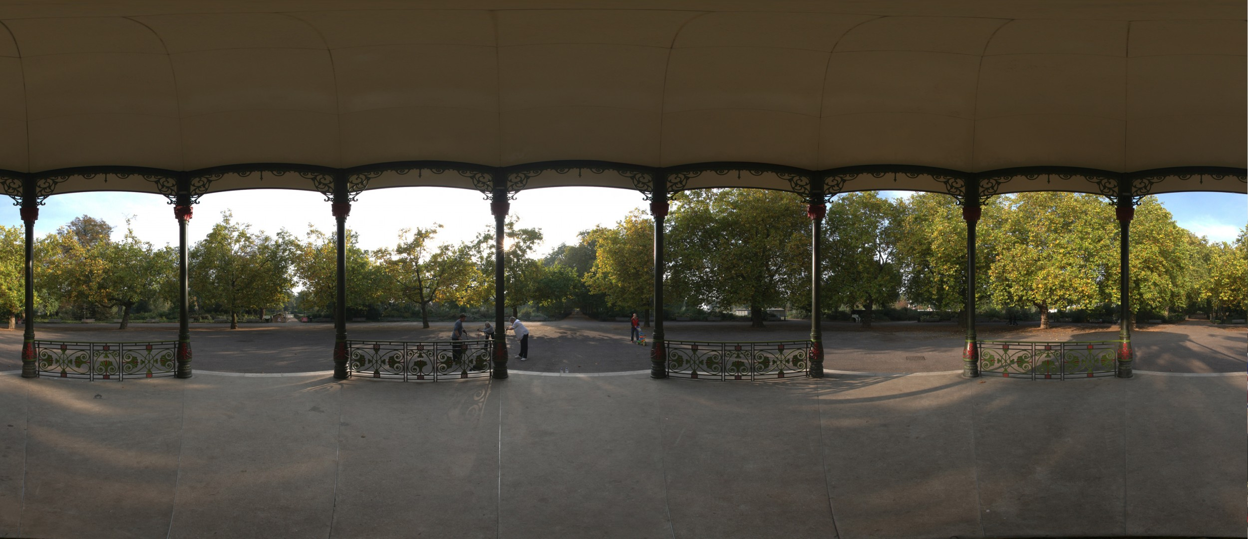 battersea-bandstand
